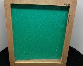 Enamel pin display box