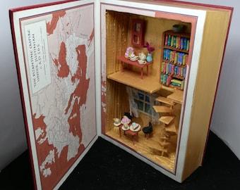 Art Book tea and cake diorama