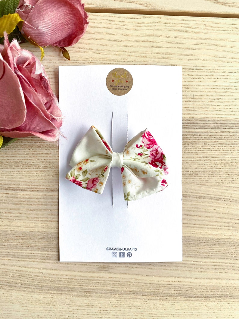 school girl bow letterbox gift bib and bow baby gift girl gift bow clip headband baby Floral hair bow white pink vintage floral