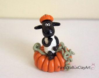 Halloween Pumpkin Cute Sheep, Handmade Polymer Cute Sheep Clay, Home Decoration, Shaun the Sheep Inspired Clay, Animal Lover Gift, Sculpture