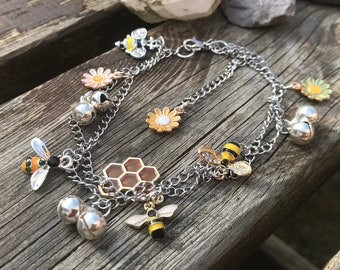 butterflies and bees anklet 9-11 Beautiful summer inspired silver plated daisy ankle bracelet  body jewellery