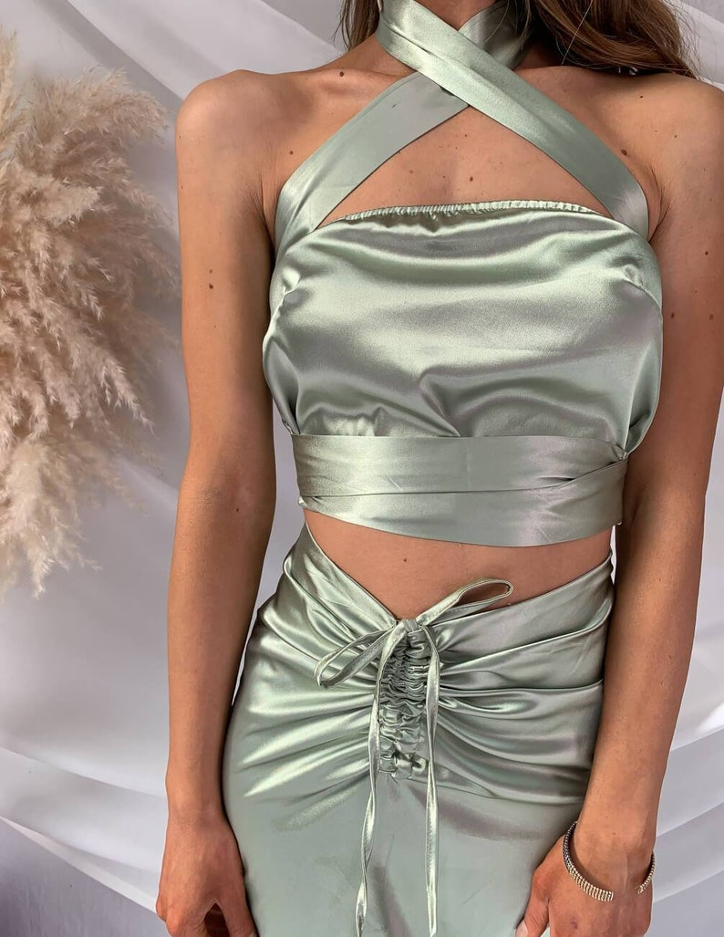 Maddy Two Piece Set Satin Olive Green