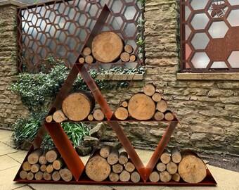 Traingle Log Store