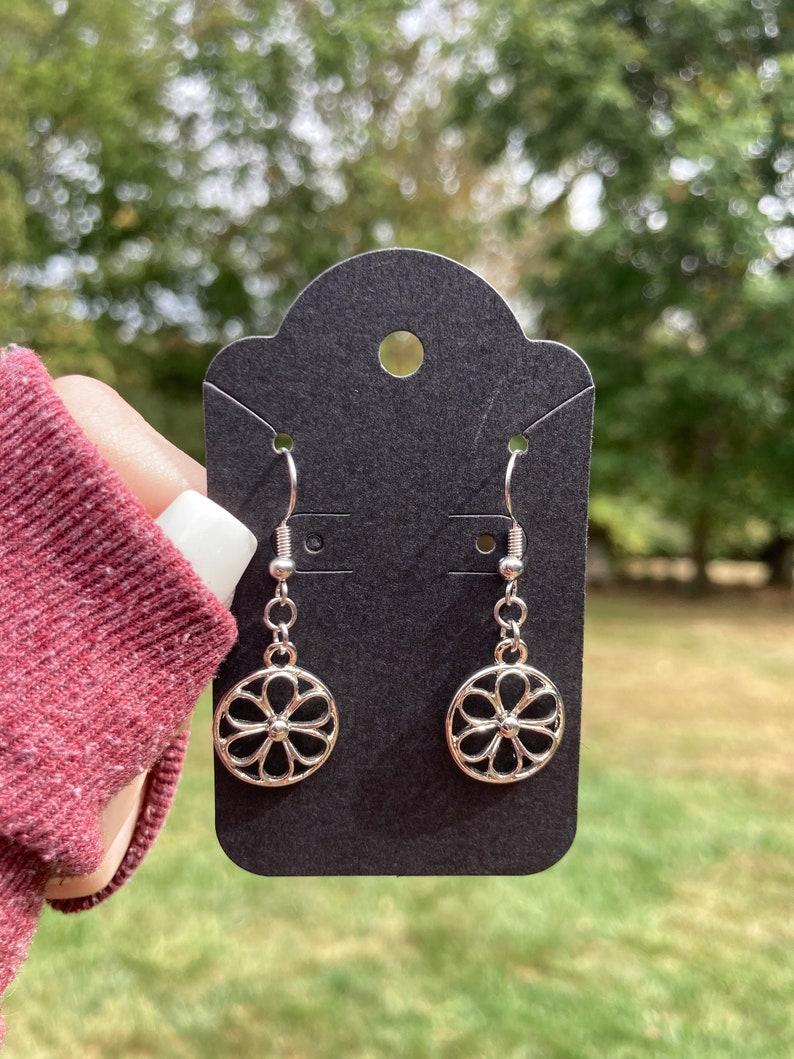 Circle Flower Earrings