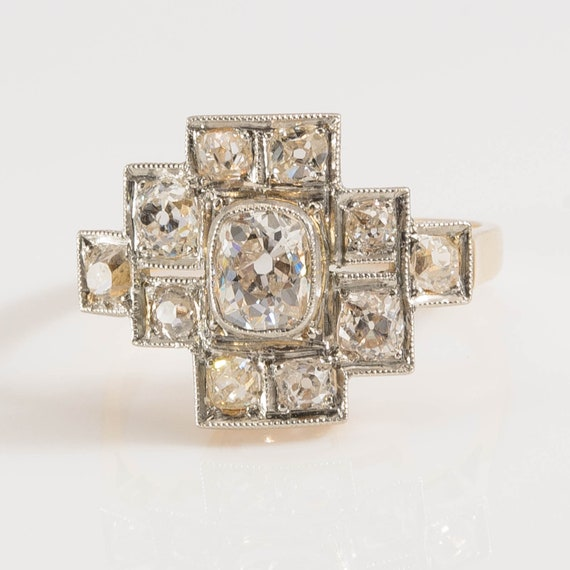 Art Deco Diamond Ring in 18K gold and platinum 193