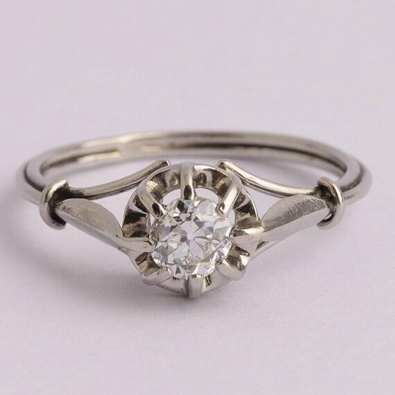 Antique Edwardian Diamond Platinum Ring circa 1910