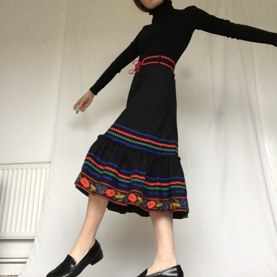 vintage Lucie Linden german Folk skirt with ruffle