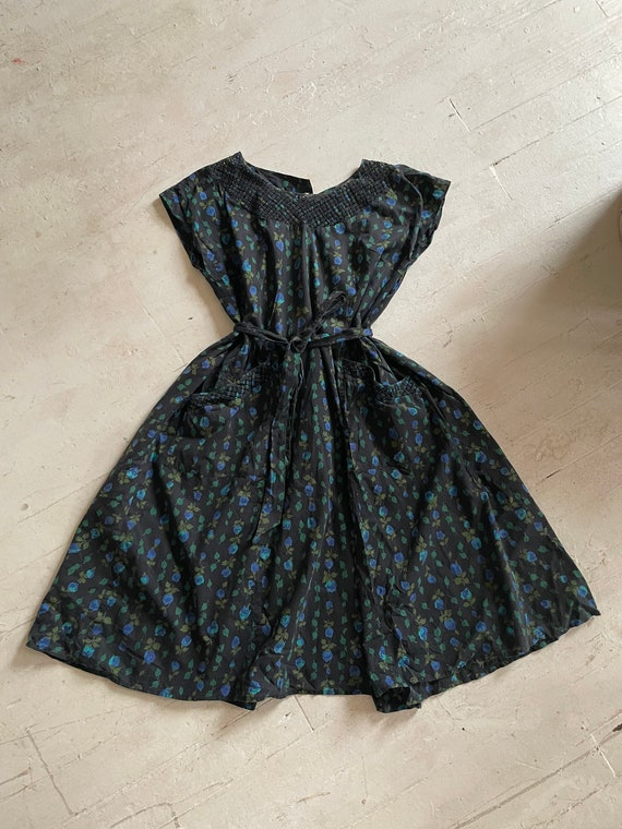 Vintage 1950s Cotton Novelty Print Maternity- Fri… - image 4