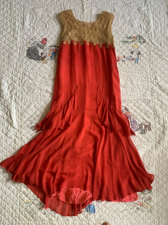 Antique 1920s Georgette Silk Crepe Art Deco Sleeve