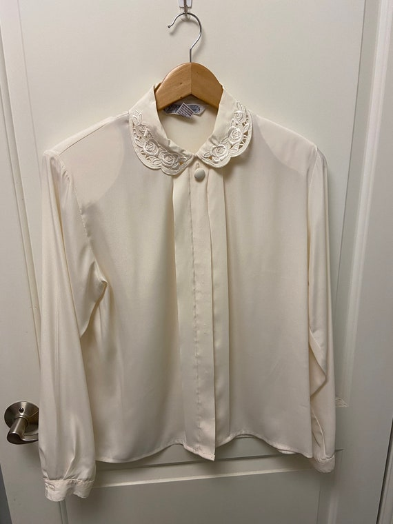 Vintage Peter Pan Collar Blouse