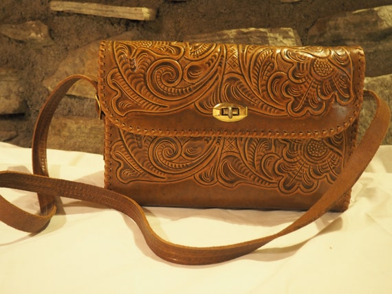 60s 70s Hand Tooled Leather Purse