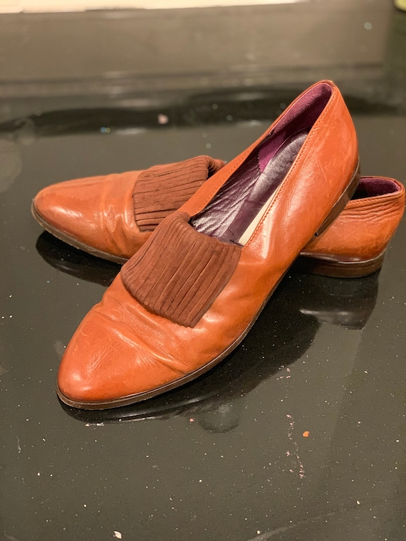 Vintage Joan and David brown leather flats