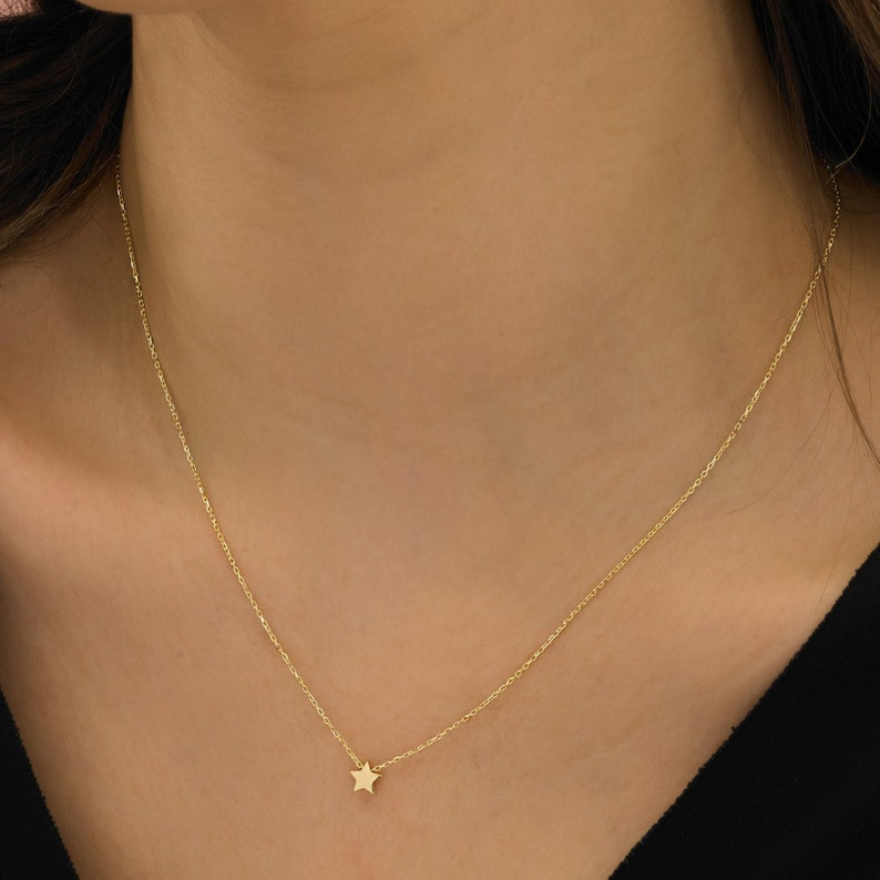 Layering necklace Gold necklace Simple necklace celestial jewelry Rose gold necklace friend star necklace Dainty star jewelry