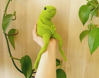 Arthur the Frog - critter stitch crochet pattern / amigurumi