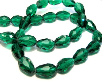 10pcs of Green AB Faceted Teardrop Glass Beads 12x8mm No.TD38