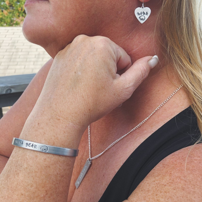 Dainty Mama Minimalist Design Grandma Bear Cuff Bracelet