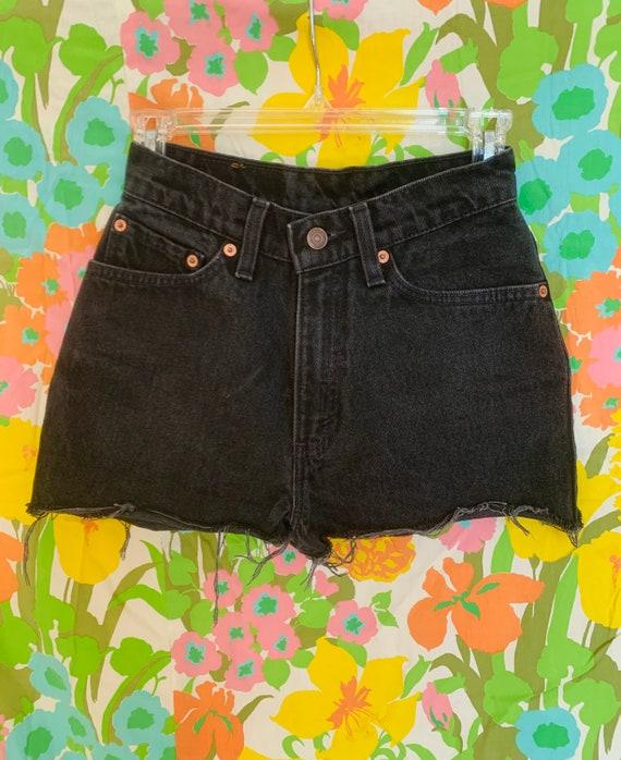 Vintage High Waisted Black Shorts 512 Levi's
