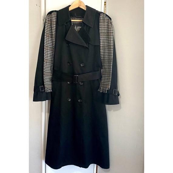 Vintage London Fog Women's Full Length Lined Black