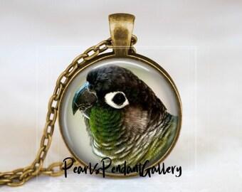 /'Green Parrot/' pendant