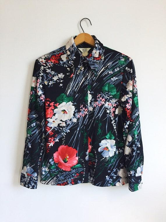 70s Dagger Collar Floral Print Button Up Blouse Sh