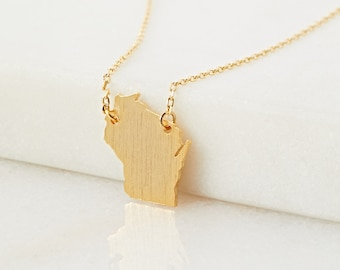 Wisconsin Necklace Rose Gold,WI Map State Necklace State Shaped Necklace,Personalized Wisconsin State Charm With A Heart