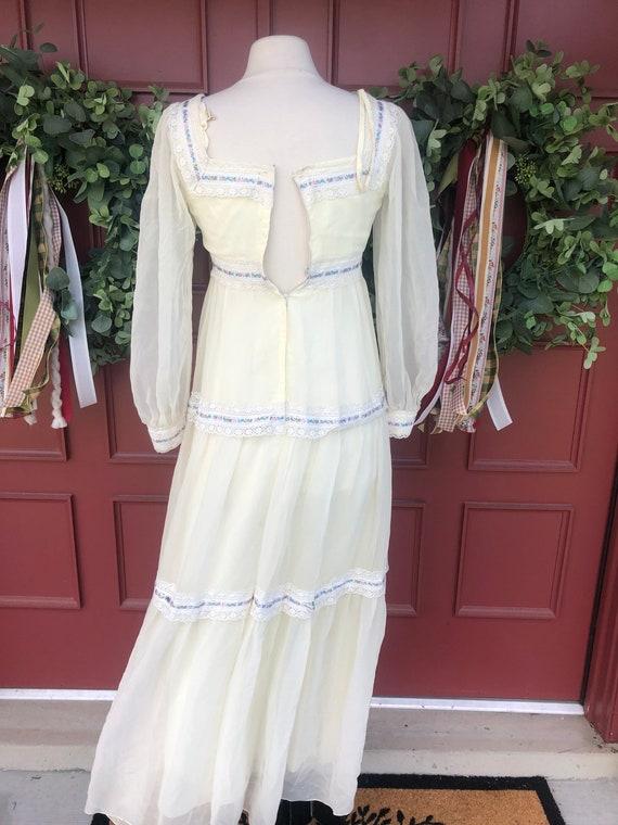 1970's cottage core dress like Gunne Sax - image 10