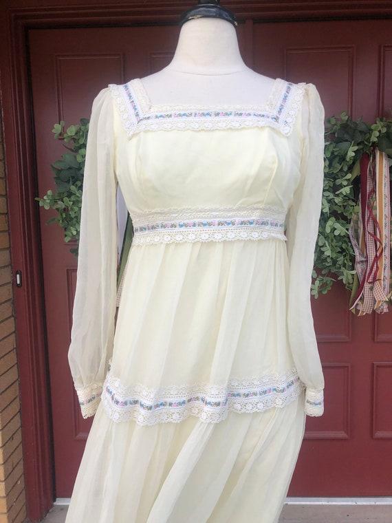 1970's cottage core dress like Gunne Sax - image 2