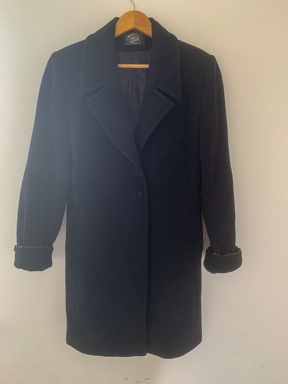 Women's vintage wool coat in black medium size