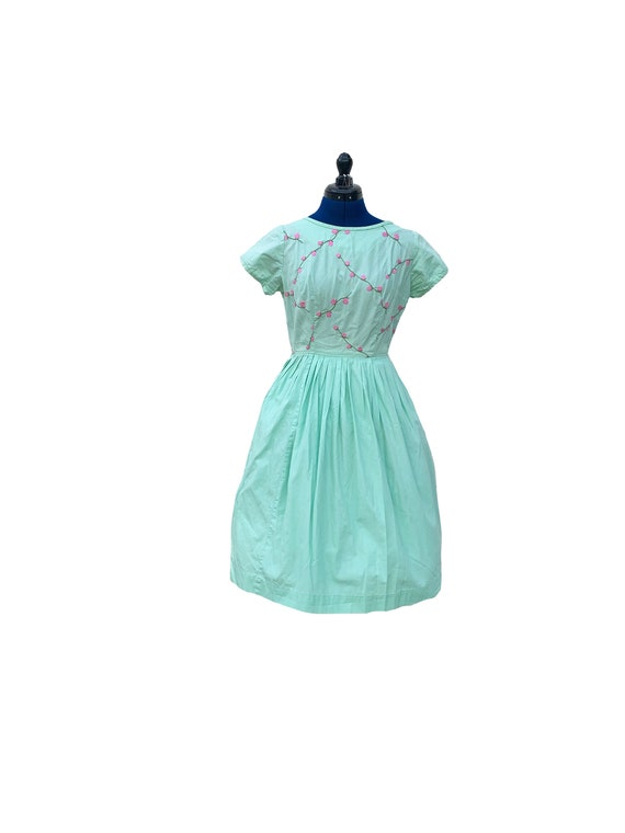 1950s Seafoam Green and Pink Embroidered Cotton Da