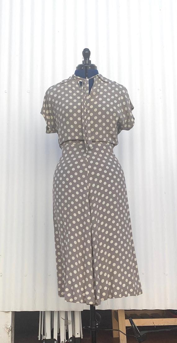 1940s Polka Dot Rayon Dress - image 2