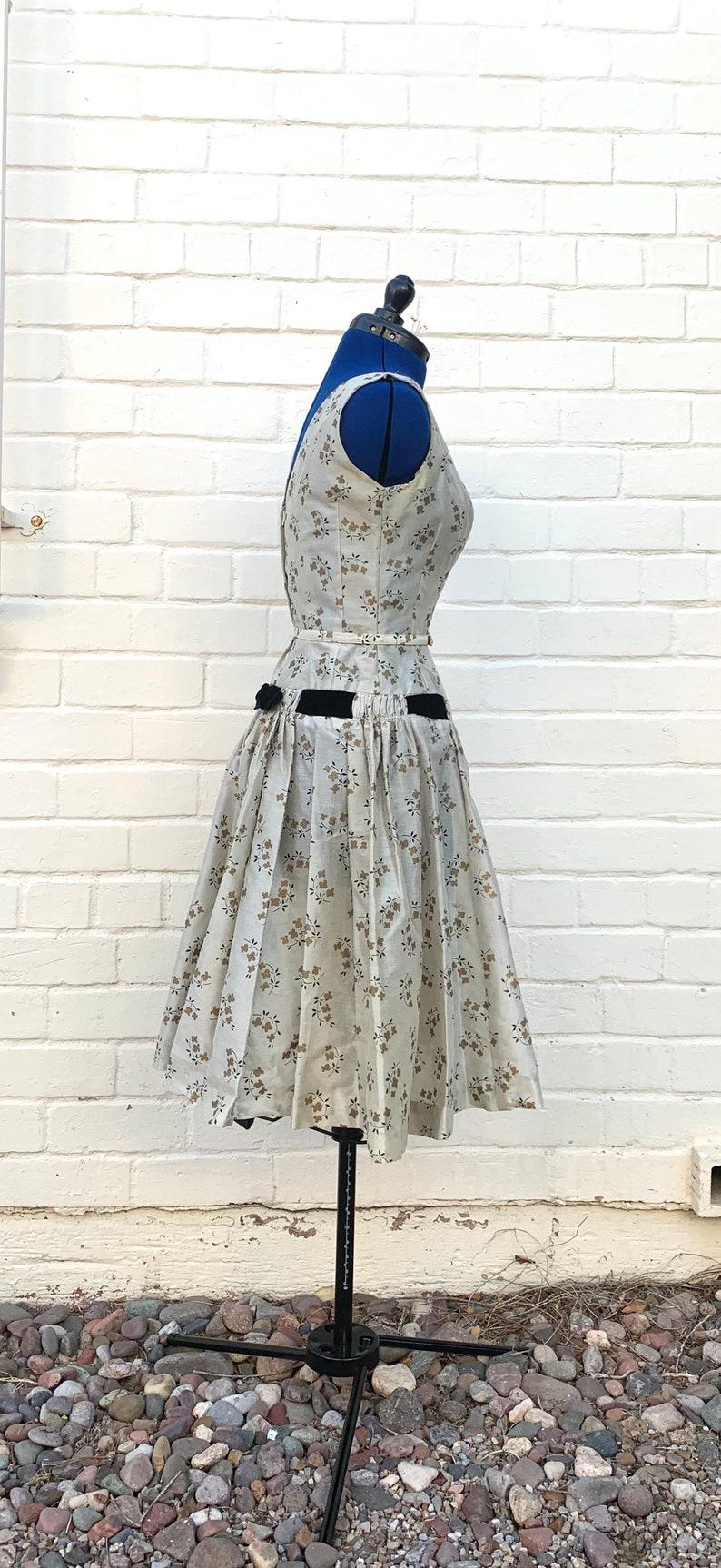 1950s Natlynn Dropped Waist dress
