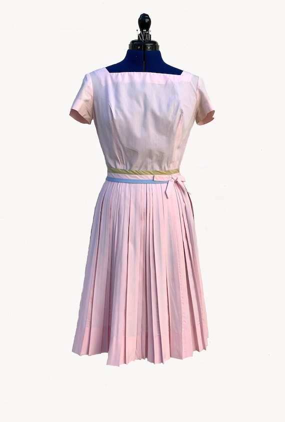 1950s Carlye Pink Cotton Day Dress with Belt