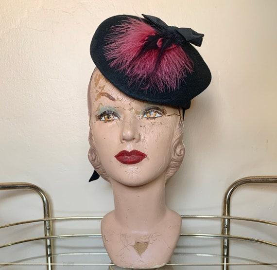 1940s Fuchsia Feathered Tilt Hat