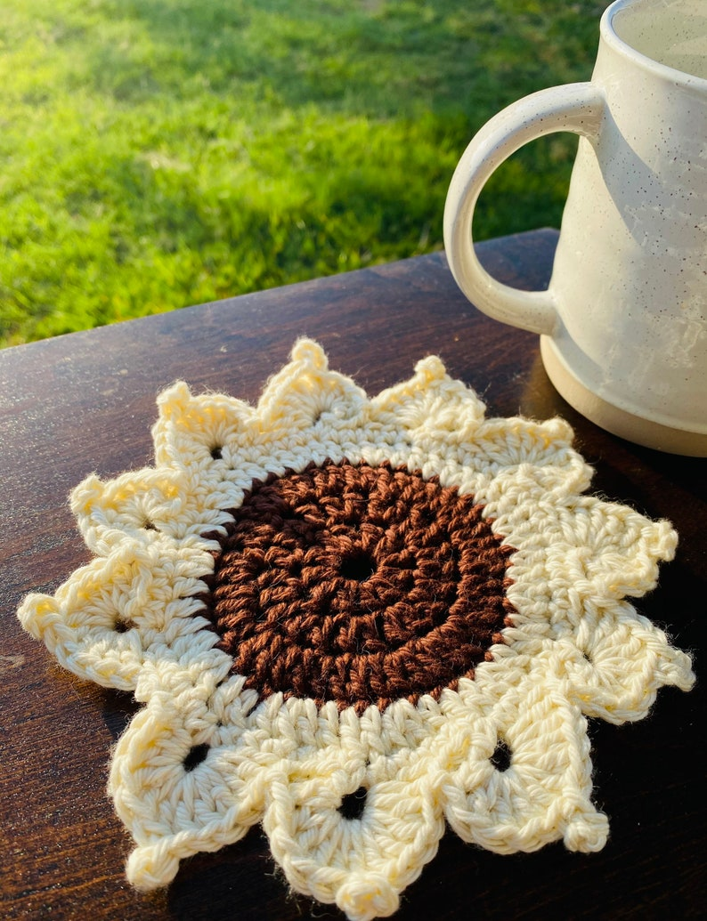coasters for drinks table top protection, living room decor house warming gift Hand crochet Flower coasters