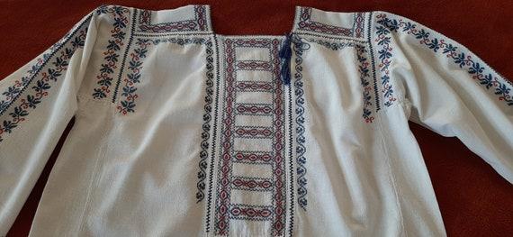 Old handmade embroidered blouse, Vintage peasant R