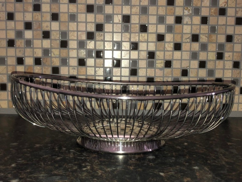 silver plated metal Bread Basket Vintage Eales 1779 Italy 1960-1970 c