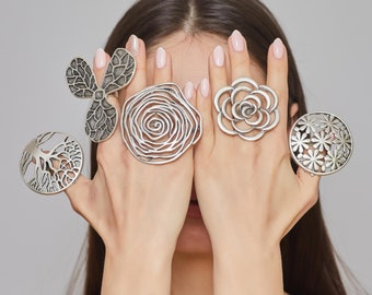Gold Boho Ring Chunky Wide Band Adjustable Aesthetic Statement Rings Gypsy Full Finger Armor Ring Inspired Flowery ring Floral Ring