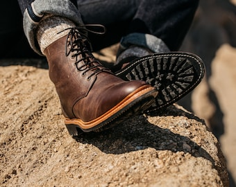 Lincoln Mens Rugged Handcrafted Lace-up Boots in Goodyear Welt Construction Vintage Natural Leather Traditional Work boots by Anthony Veer