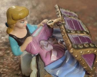 Cinderella figurine Disney