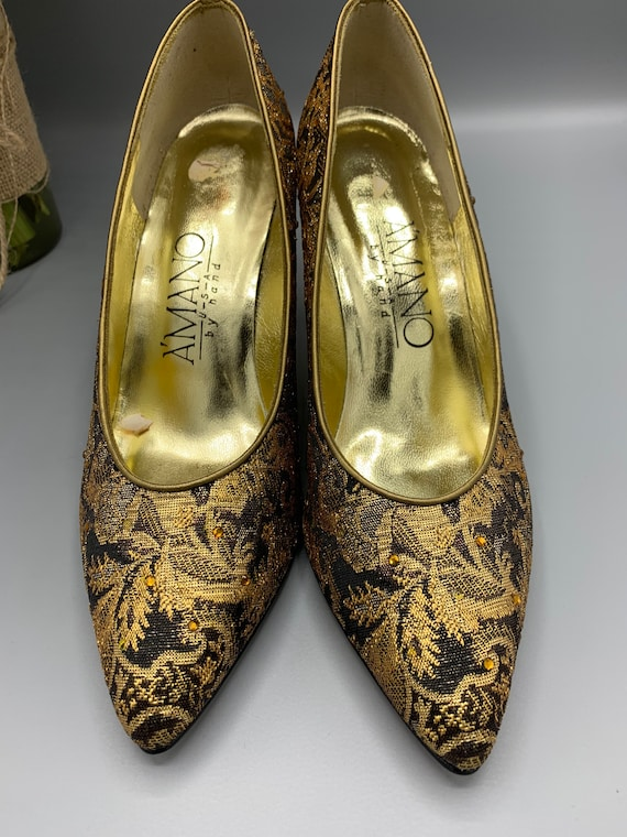 Vintage tapestry gold Amano shoes