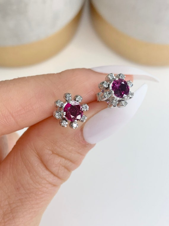 Preloved 18ct White Gold Ruby & Diamond Cluster Ea