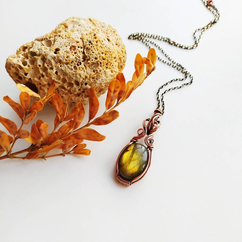 Christmas for gift,woman for gift yellow gemstone jewelry,boho style Labradorite wire wrapped pendant necklace