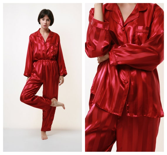 80s 100% SILK Vintage Pyjamas Buttons Up Top and T