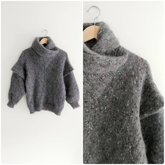 Small Vintage Womens Grey Fuzzy Mohair Knit 1980s