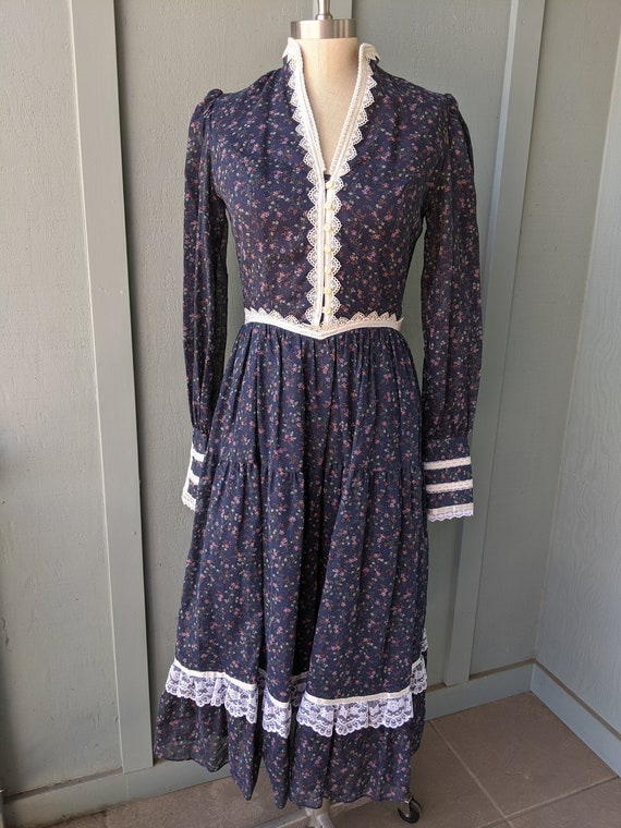 70s Blue Calico Gunne Sax Dress, midi Gunne Sax dr