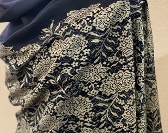 shawls Soft black  white Chantilly lace for wedding table flags clothing headscarves veils