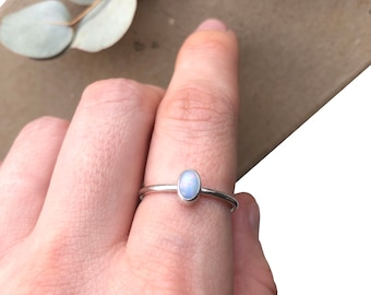 Opal Silver Ring, Oval Gemstone Ring, October Birthstone, Silver Jewellery, Birthday Gifts, Gifts for Her, Anniversary Gifts, Friend Gifts