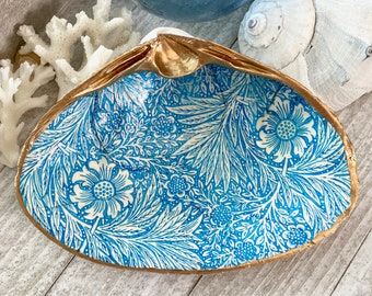 Large Decoupage Clam Shell Gold Backed JewelrySoap dish Assorted Shell