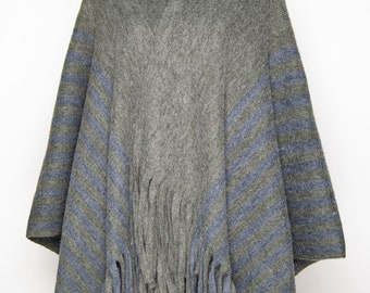 Women's Hooded  Poncho Cape Coat with Fringes, Winter Warm Poncho