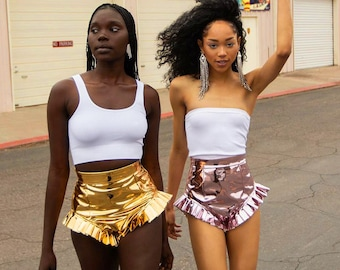Fashionable Shinny Women Sexy Bright Shorts Pants PU Leather Hot Pants Woman Clothing Solid Colour in Gold Silver Pink